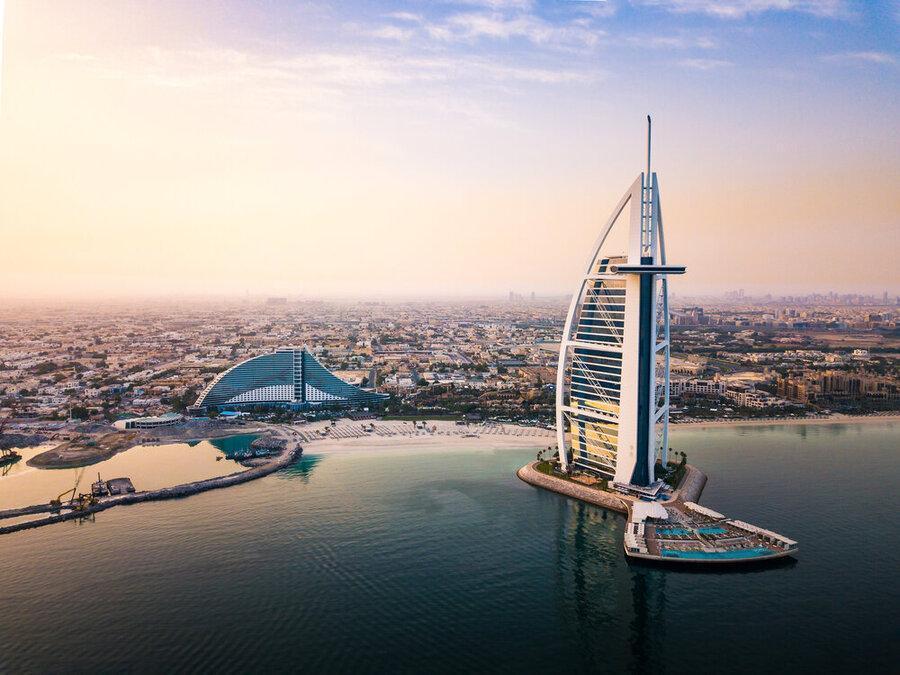 دبی گردشگران خارجی را می پذیرد