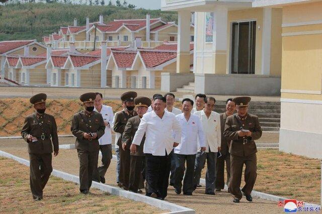 کیم جونگ اون ارتش را ستود