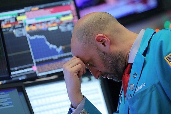 سقوط سهام آمریکا با مثبت شدن تست کرونای ترامپ